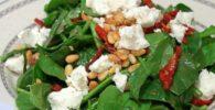 ensalada de espinacas frescas