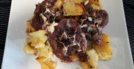 Cuello de cordero asado con patatas