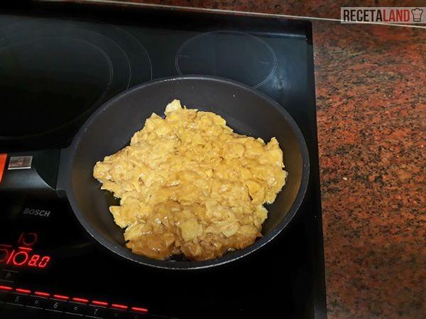 Haciendo la tortilla de patatas chips