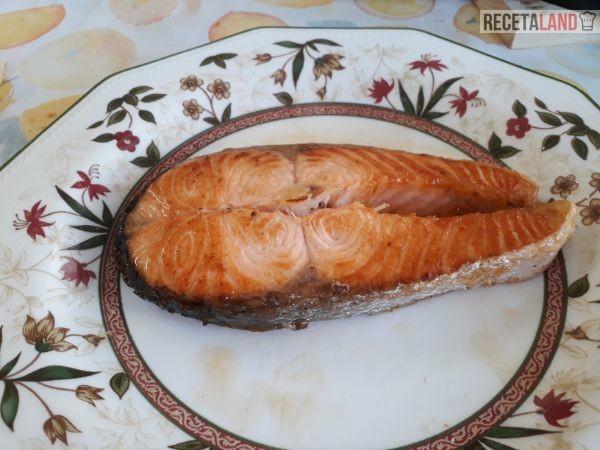 Rodaja de salmón a la plancha