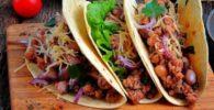 Tacos de frijoles con chorizo R