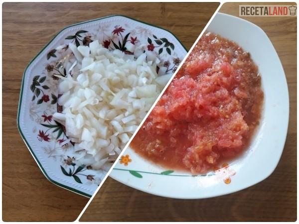 Cebolla cortada/Tomate rallado