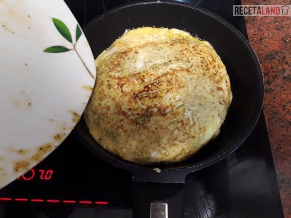 Haciendo la tortilla de Brócoli por la otra cara